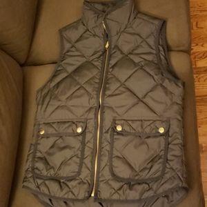 J crew black puffer vest